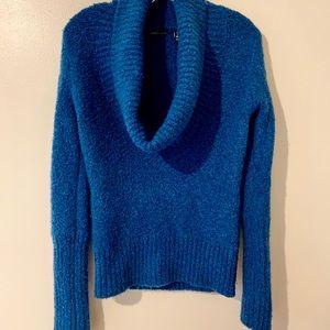 Dark Blue Cowl neck sweater. Mods International. S
